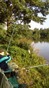 Richard Pál starší na rybách na rybníku Cecima (Tampák)
